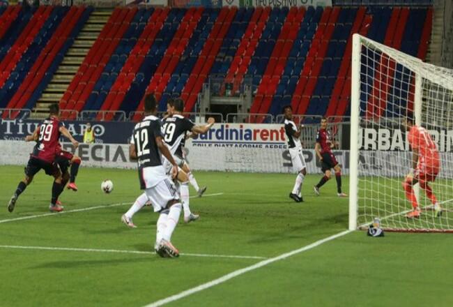Hasil Liga Italia: Juventus kalah di kandang Cagliari. Foto: Detik