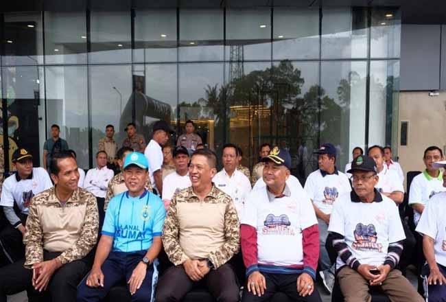 Kapolda Riau saat menghadiri Iven Fun Run di Dumai.
