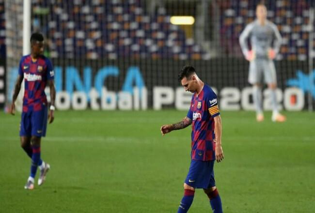 Barcelona ditahan imbang 2-2 Atletico Madrid di kandang sendiri. Foto: Detik