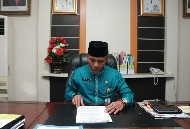 Kadisdik Riau Zul Ikram