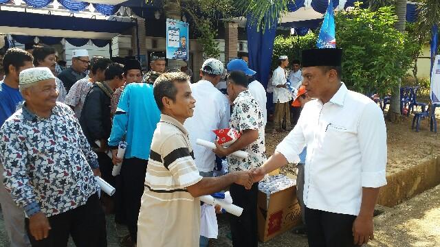 Ketua DPD Demokrat Rohul Kelmi Amri, yang juga Ketua DPRD Rohul, melakukan kampanye dialogis dengan memberikan pendidikan kepada ratusan masyarakat Kaiti Desa Rambah tengah Barat, Kecamatan Rambah,