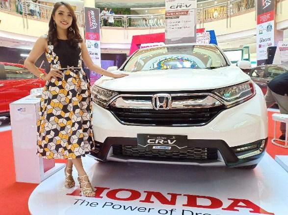 HSH hadirkan CR-V saat gelar pameran di Mal Ska Pekanbaru, beberapa waktu lalu. Foto budy