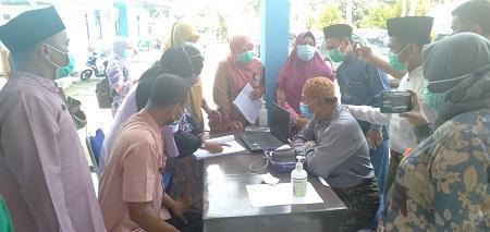 Dinkes Rohul bersama Dinkes Riau, lakukan simulasi pelaksanaan vaksinasi Covid 19 vaksin sinovac di Puskesmas Rambah, yang akan digelar tahap awal pada 14 Januari 2021