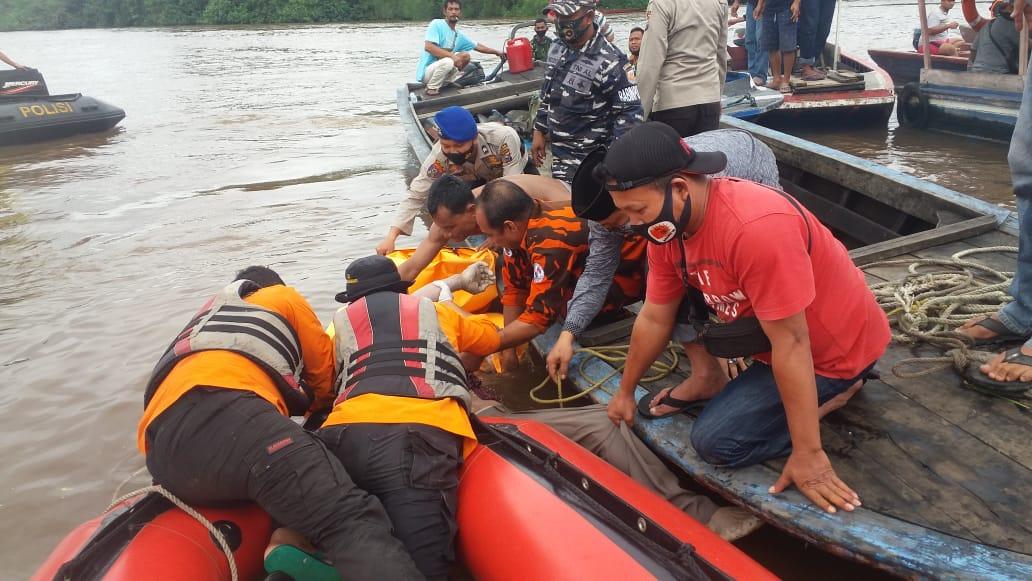 Penemuan korban yang tenggelam di Sungai Siak