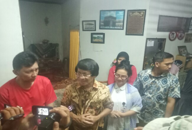 Kak Seto sambangi korban bullying yang merupakan pelajar SMPN di Pekanbaru.