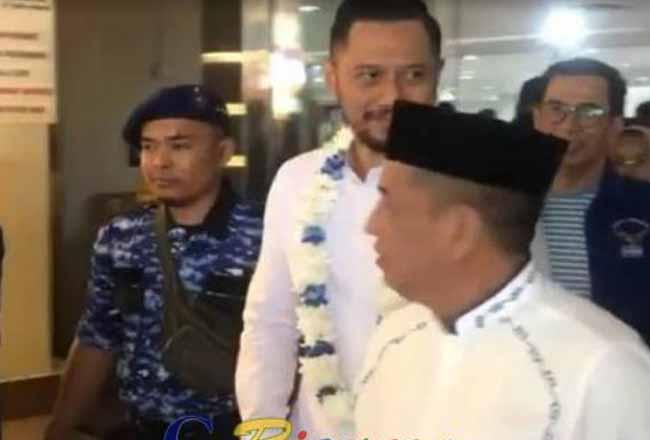 gus Harimurti Yudhoyono tiba di Pekanbaru.