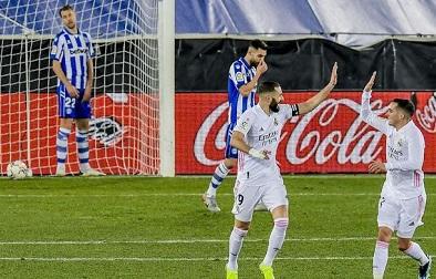 Real Madrid menang 4-1 atas Alaves (Foto: AP/Alvaro Barrientos)