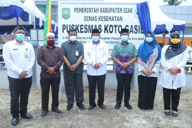 Bupati Siak Alfedri meresmikan gedung baru Puskesmas Kecamatan Koto Gasib, yang dilaksanakan di halaman Puskesmas Koto Gasib, jalan lintas Koto Gasib, Rabu (23/9/2020).
