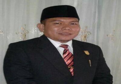 Wakil Ketua DPRD Kuansing sementara Naswan.
