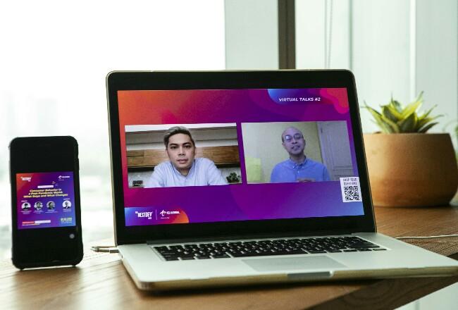Suasana The NextDev Hub Virtual Talks yang digelar Telkomsel sebagai salah satu inisiatif CSR yang ditujukan bagi para startup, penggiat ekosistem digital, pelaku bisnis, dan masyarakat secara umum untuk membantu mereka mengatasi masalah sosial hingga ekonomi, termasuk di tengah pandemi dan kenormalan baru.