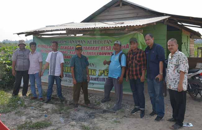 Realisasi Program kemitraan secara bertahap tanaman kehidupan kelola social di Desa Kesuma Kabupaten Pelalalawan.