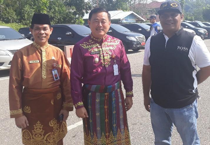 Wabup Halim didampingi Sekda Dianto Mampanini dan Kepala BPKAD Hendra.