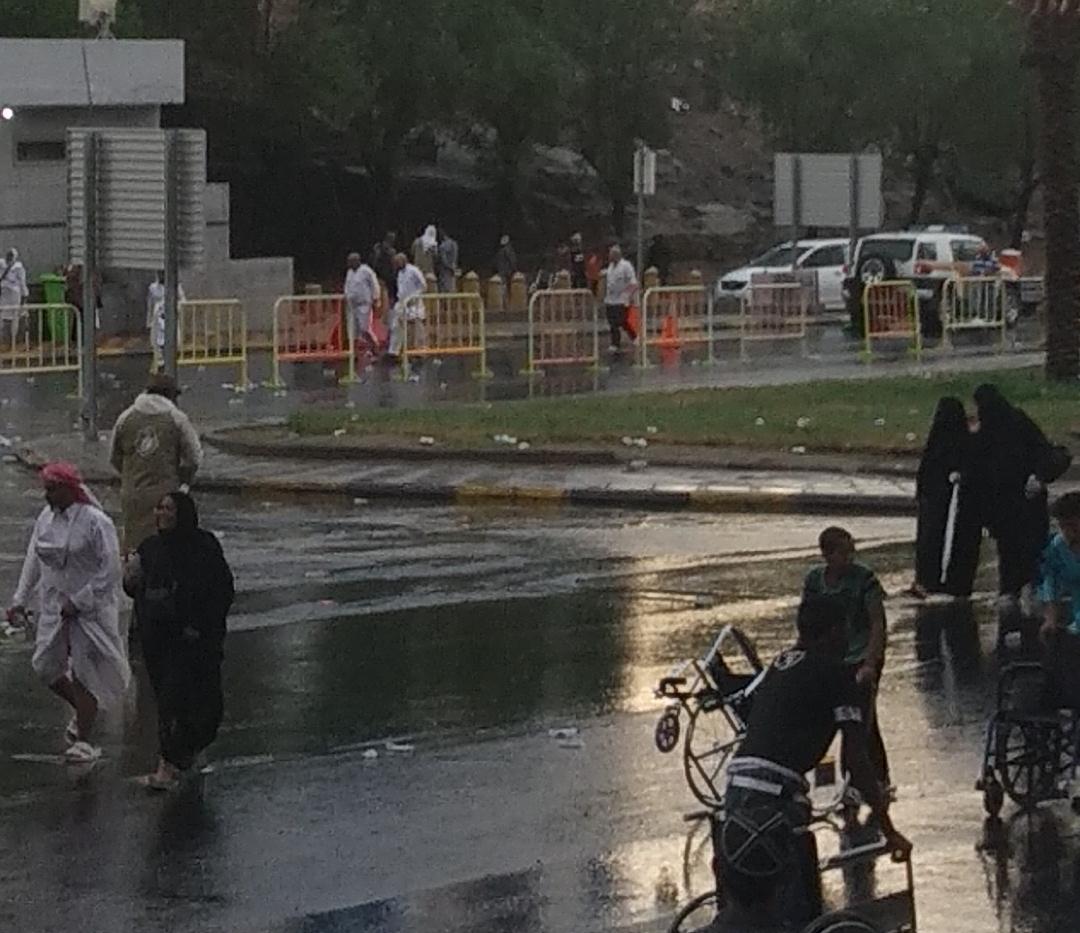 Hujan guyur kota Makkah.