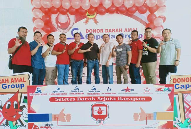 Donor darah amal Capella Group di Capella Daihatsu Arengka Pekanbaru.