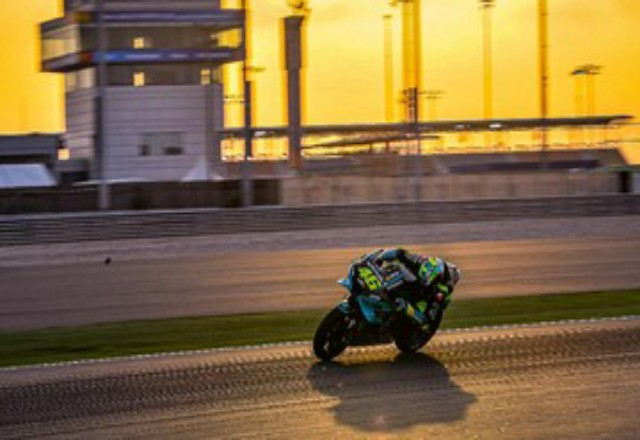 Valentino Rossi bakal start dari posisi keempat MotoGP Qatar. Foto: CNNIndonesia