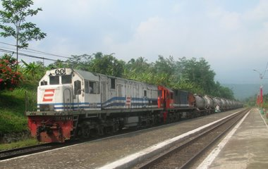 Pemerintah Pusat Siapkan Ded Jalur Kereta Api Di Riau