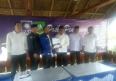Rozali Saidun resmi mendaftarkan diri ke partai DPD PAN Bengkalis sebagai bakal calon Bupati Bengkalis.
