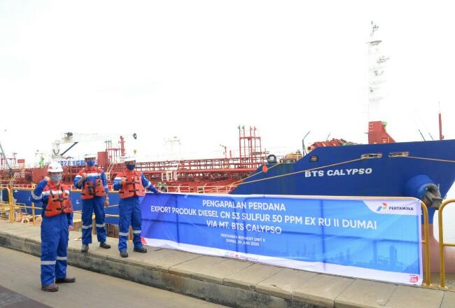 Pengapalan perdana ekspor produk diesel CN 53 sulfur 50 PPMvia Kapal MT BTS Calypso dengan tujuan Malaysia.