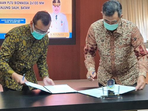 Prosesi Penandatanganan MoU PT PLN Batam dan PT Panbil Utilitas Sentosa.