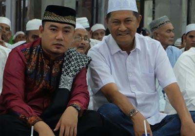 Wakil Bupati H Syamsuddin Uti menghadiri peringatan Nuzulul Quran 1440 Hijriyah, Selasa (21/5/2019) malam di Masjid Al Huda Tembilahan.