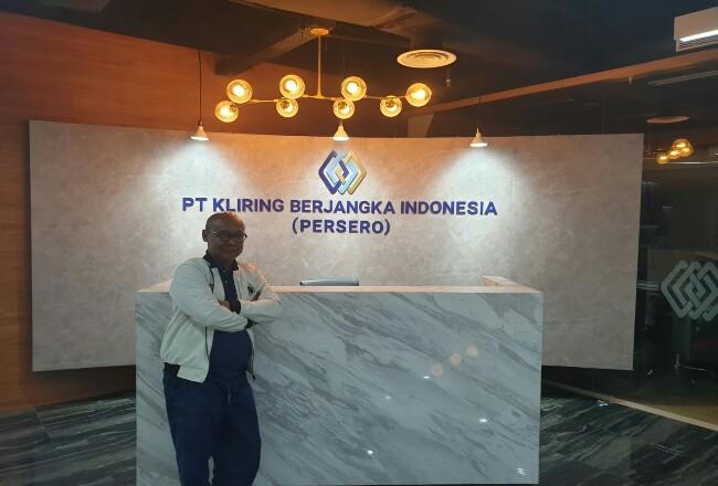 Fajar Wibhiyadi, Direktur Utama PT Kliring Berjangka Indonesia (Persero). Fajar Wibhiyadi, Direktur Utama PT Kliring Berjangka Indonesia (Persero).