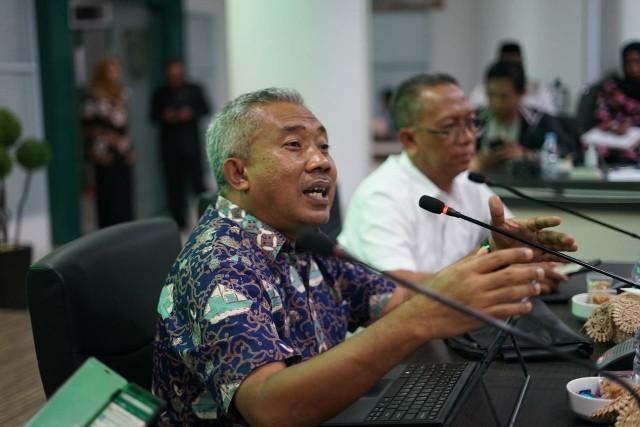 Kepala LLDIKTI Wilayah X Prof Herri bersama Rektor UIR Prof Syafrinaldi, APTISI Riau dan Pimpinan Perguruan Tinggi dalam Sosialisasi Kebijakan Kampus Merdeka pada Jum