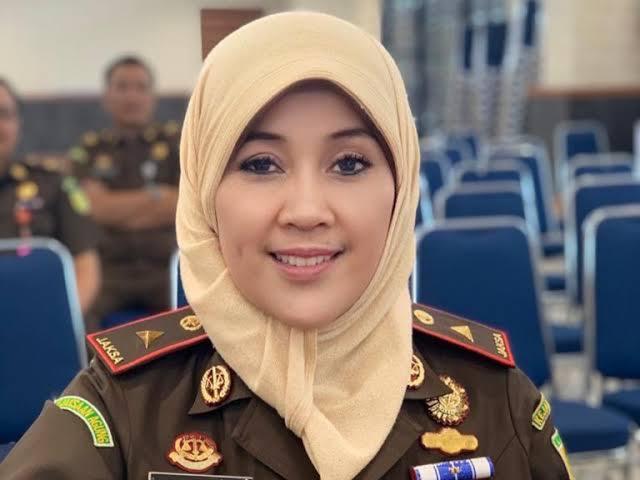 Kepala Kejaksaan Tinggi Riau, Mia Amiati
