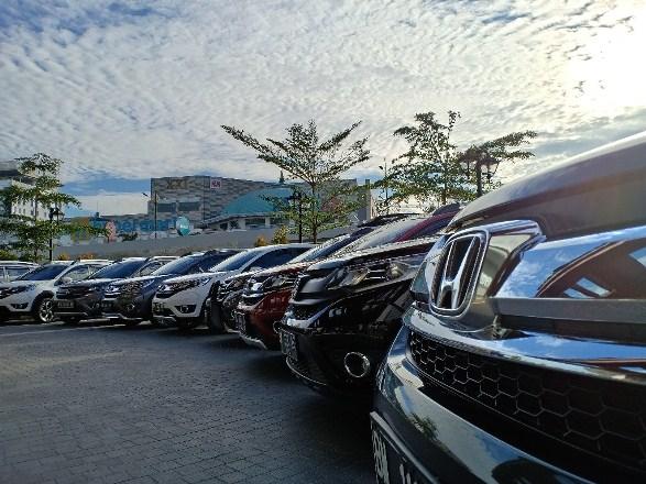 Ilustrasi mobil Honda