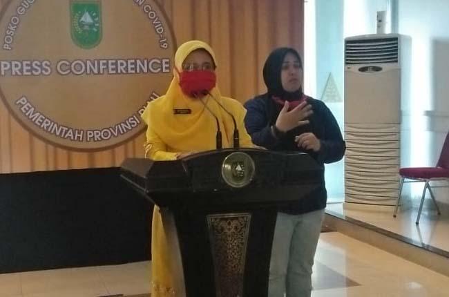 Kepala Dinas Kesehatan (Kadiskes) Riau, Mimi Yuliani Nazir