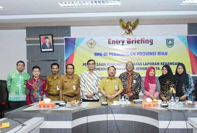 BPK RI Perwakilan Riau, ketika melaksanakan Entry Briefing, Selasa (28/1/2020) di ruang rapat Hang Tuah Kantor Bupati Bengkalis.