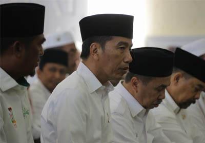 Presiden Republik Indonesia (RI) Joko Widodo saat ini sedang berada di Provinsi Riau.