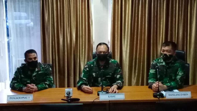 Kepala Staf Angkatan Udara (Kasau) Marsekal TNI Fadjar Prasetyo beri keterangan terkait kecelakaan pesawat tempur di Kubang, Kampar.