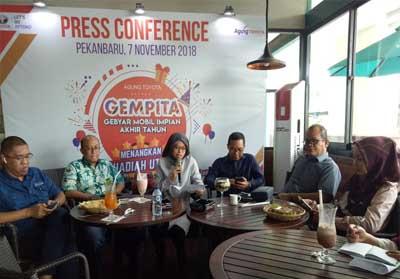 Vera Farnila selaku Branch Manager Agung Toyota Arengka beri penjelasan terkait Toyota Shocking Sale.