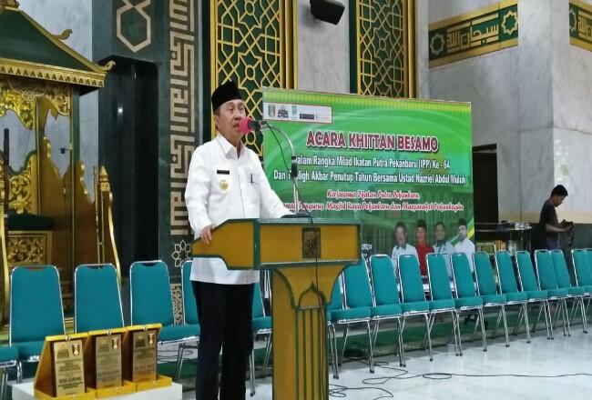 Gunernur Riau Syamsuar