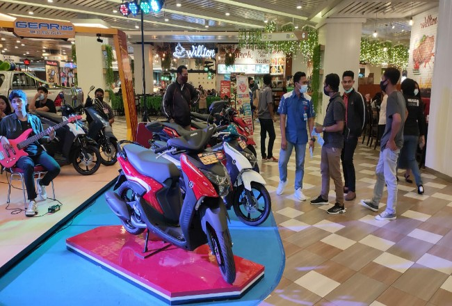 Gear Exhibition di Mal Living World.
