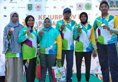 Para atlet Siak peraih medali foto bersama.