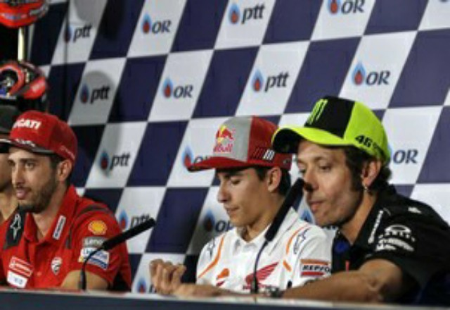 Valentino Rossi menyebut Marc Marquez masih cepat seperti sebelum cedera. Foto: CNNIndonesia