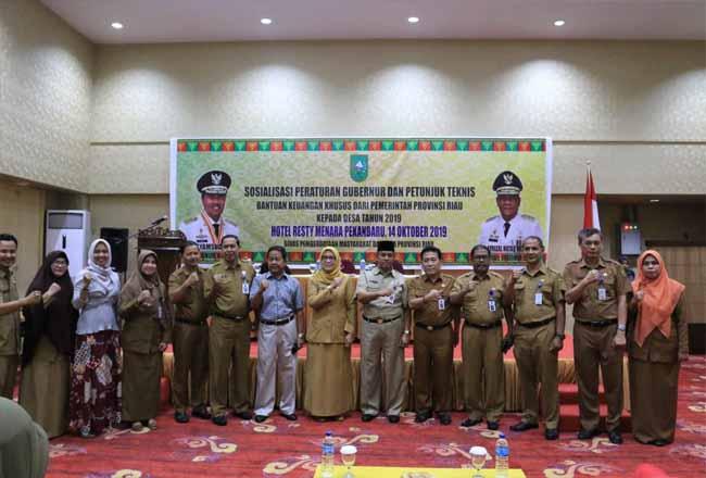 Sosialisasi peraturan Gubernur tentang Bankeu Pemprov Riau kepada desa.