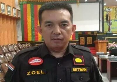 Plt Sekwan DPRD Kota Pekanbaru, Zulfahmi Adrian