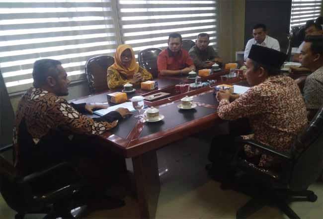 KPU Pekanbaru kunjungi DPRD Pekanbaru.