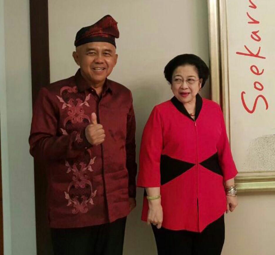 Arsyadjuliandi Rachman bersama Ketua Umum PDIP Megawati