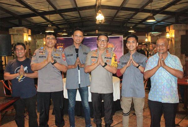 Kapolda gelar pertemuan terbuka dengan mitra di ballroom Hotel Aryaduta Pekanbaru dengan tema