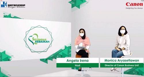 """Canon Business Unit Director pt. Datascrip, Monica Aryasetiawan memberikan penjelasan saat acara pengumuman Program """"Selembar Kebaikan""""."""