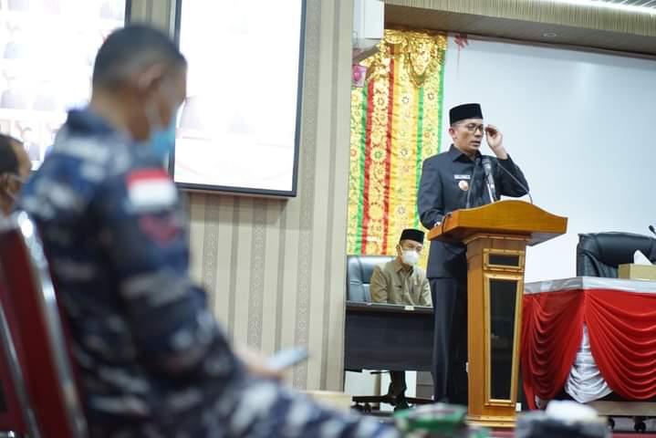 Bupati Kepulauan Meranti, H Muhammad Adil sampaikan LKPj Tahun 2020 dan Ranperda Ripparkab di DPRD