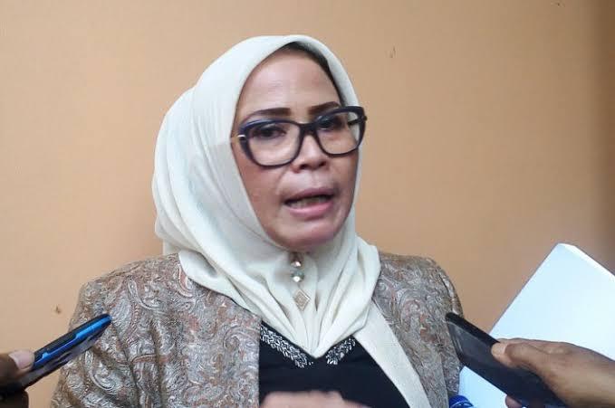 Ade Hartati, Anggota DPRD Riau.