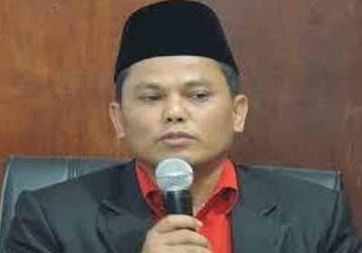Ketua Bawaslu Riau Rusidi Rusdan.