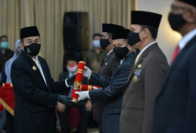 Gubri Syamsuar, melantik Masrul Kasmi sebagai Pjs Bupati Rohul, termasuk Pj dan Pjs Bupati lainnya di Provinsi Riau, di Pekanbaru.