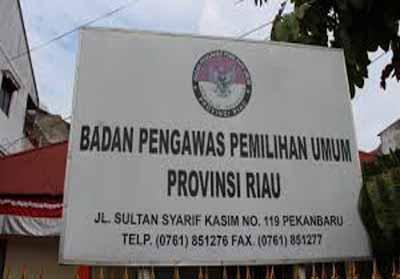 Bawaslu Riau.
