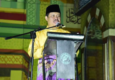 Bupati Bengkalis Amril Mukminin Saat Memberi Sambutan Pada Perhelatan Pembukaan MTQ Ke-44 Tingkat Kabupaten Bengkalis, di Halaman Kantor Camat Kecamatan Mandau, Jumat (20/9/2019).