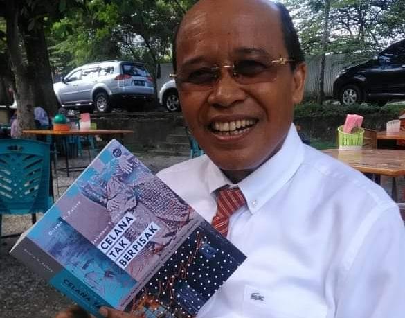 Ketua Forum Komunikasi Pemuka Masyarakat Riau (FKPMR), Dr drh Chaidir, MM